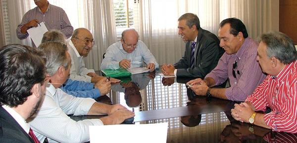 Solenidade de assinatura de convênio entre o Fundepec-Goiás e o Estado